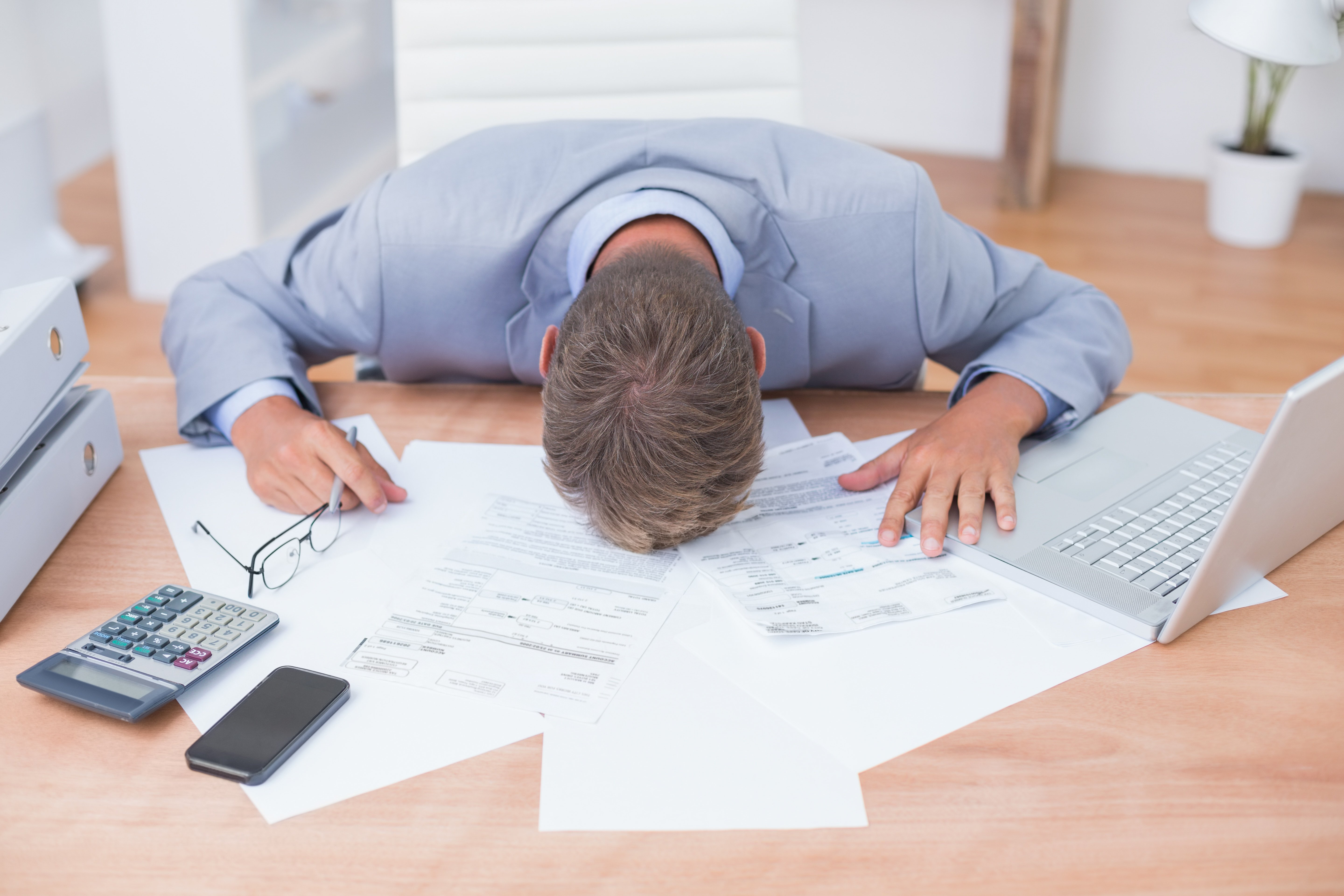 Easy Ways to Ease Your Financial Stress-1