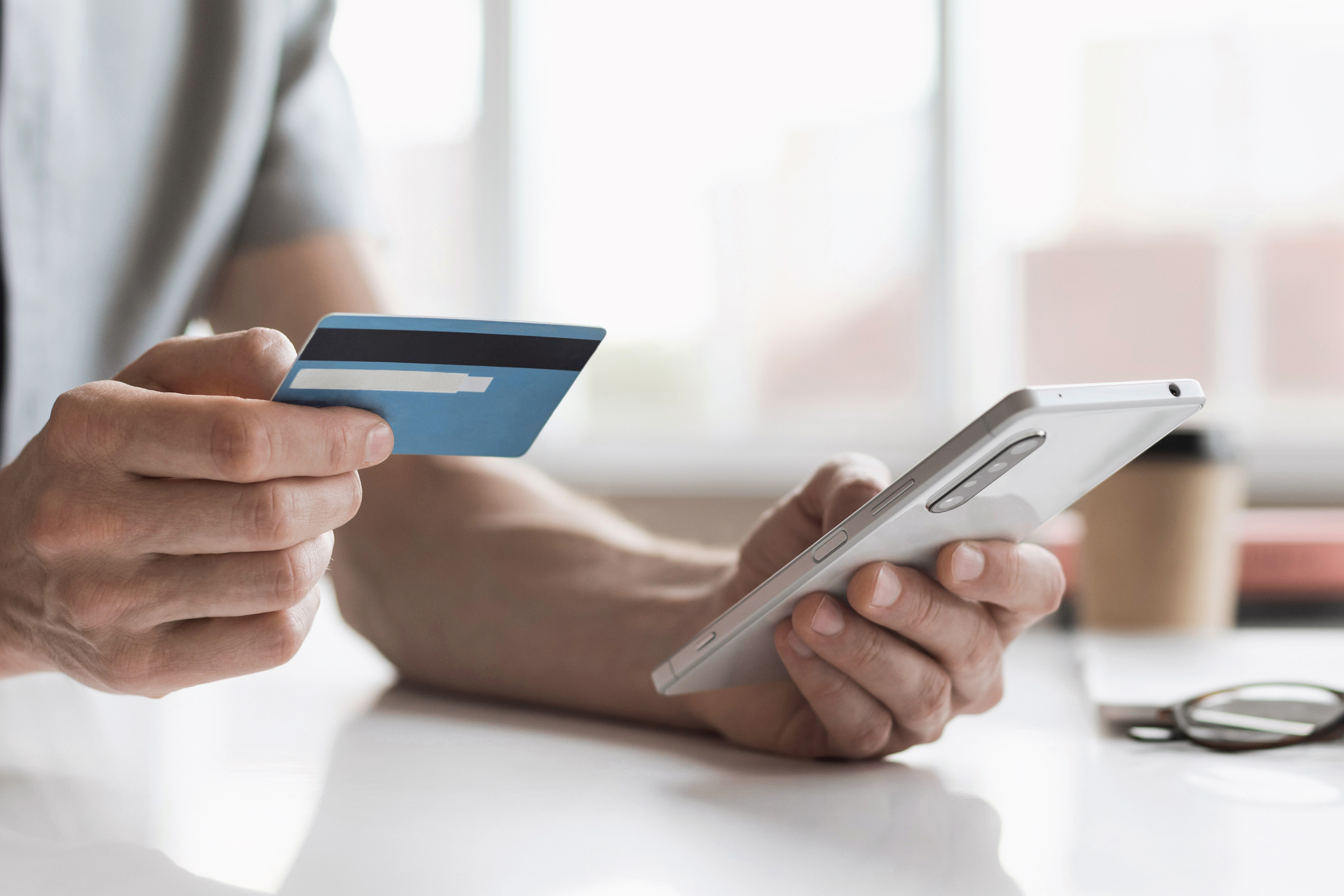 5 Ways Twenty-Somethings Can Build Their Credit