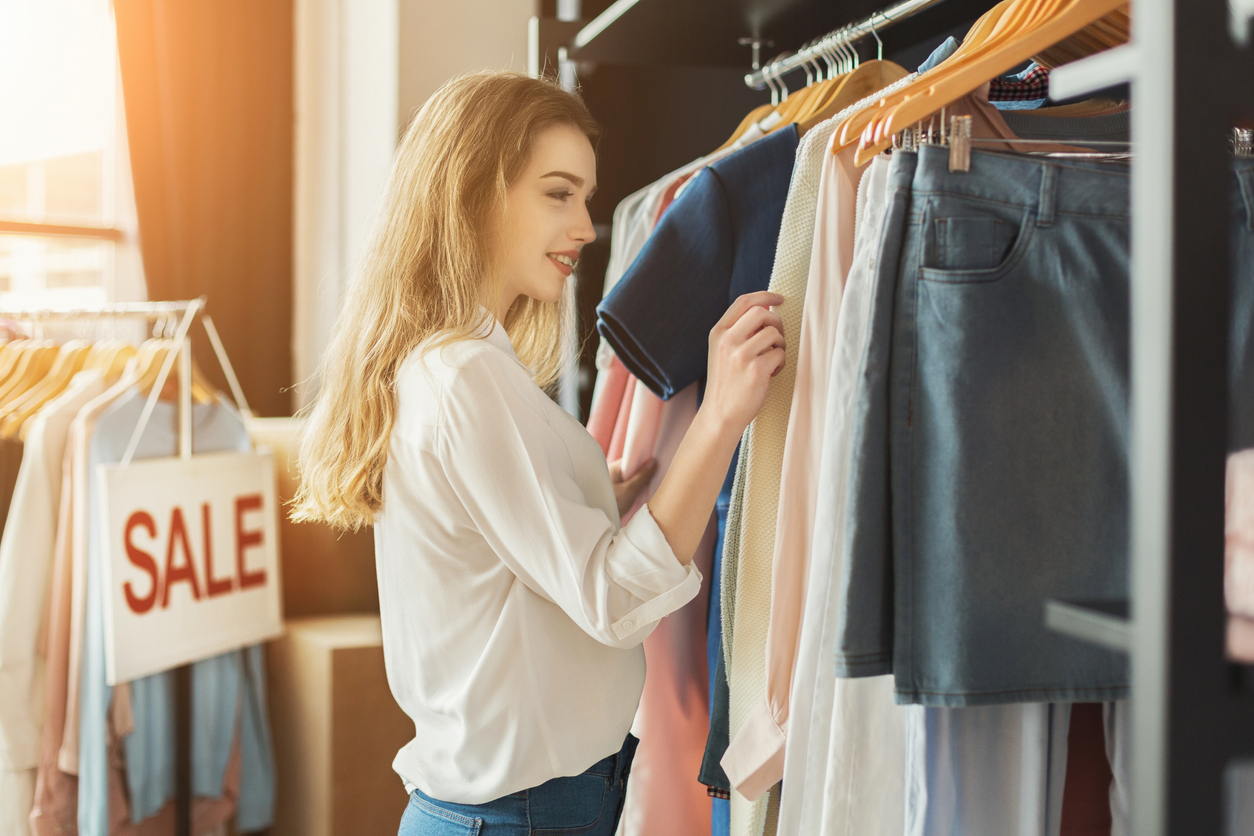 Confessions of a Shopaholic: How to Save Money and Still Look Stylish